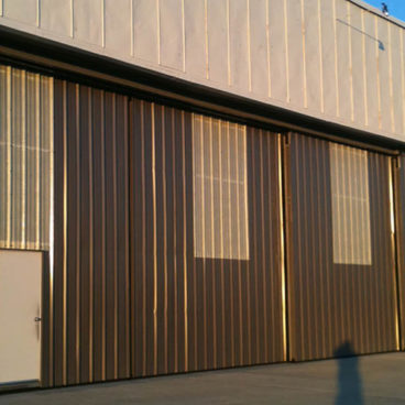 Waukegan International Airport/Multi Leaf Rolling Door 2